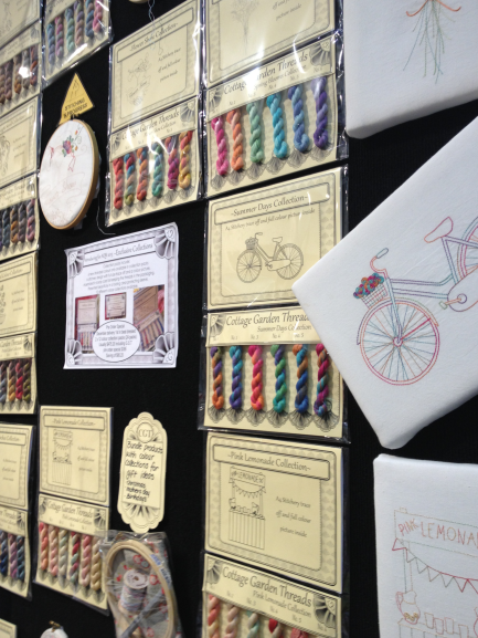 Cottage Garden Threads AQM 1